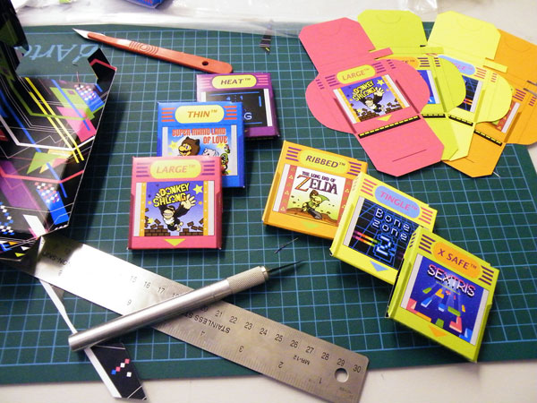 Emballages des condoms Gameboy