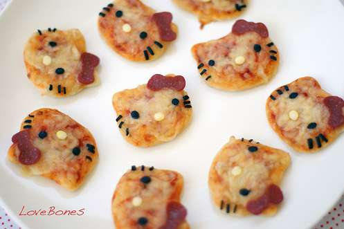 Mini pizza Hello Kitty