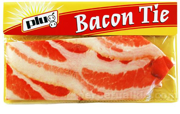 Pour le mariage de votre prochain chummé: la cravate bacon