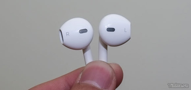 iPhone 5 à nos portes: rumeurs et spéculations abondent!
