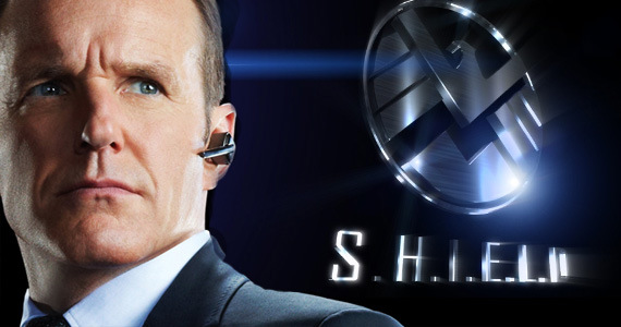 http://www.geekbecois.com/wp-content/uploads/2013/05/SHIELD-agent-coulson.jpg