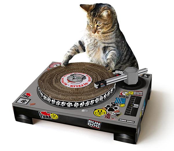 grattoir-dj-chat - [Guide cadeaux 2013] Cadeaux pour l'amoureux des animaux