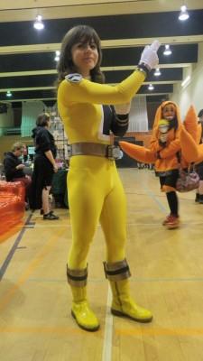 spd yellow-jaune
