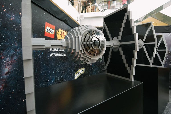 TIE Fighter en LEGO