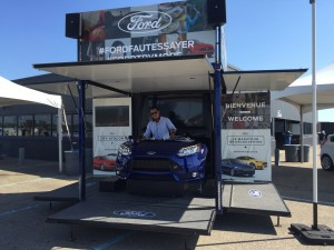Booth du DJ - Marathon des Découvertes Ford