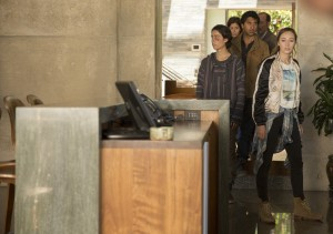 Alycia Debnam Carey as Alicia, Lorenzo James Henrie as Chris, Cliff Curtis as Travis, Mercedes Mason as Ofelia and Ruben Blades as Daniel Salazar - Fear The Walking Dead _ Season 1, Episode 6 - Photo Credit: Justina Mintz/AMC