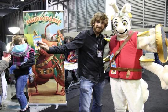 Maxime Tardif, créateur du jeu Fourmidable et sa mascotte