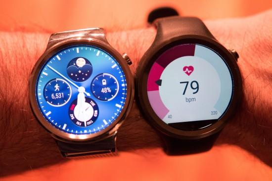 Huawei Watch (286ppi) et Moto 360 sport (263 ppi)