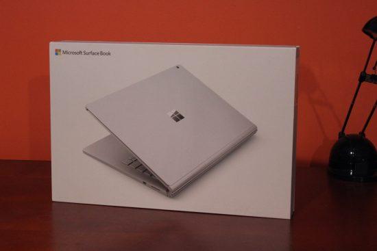 Boite du Microsoft Surface Book
