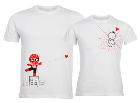 10 idées cadeaux pour les geeks amoureux - Spiderman t-shirt | via Boldloft