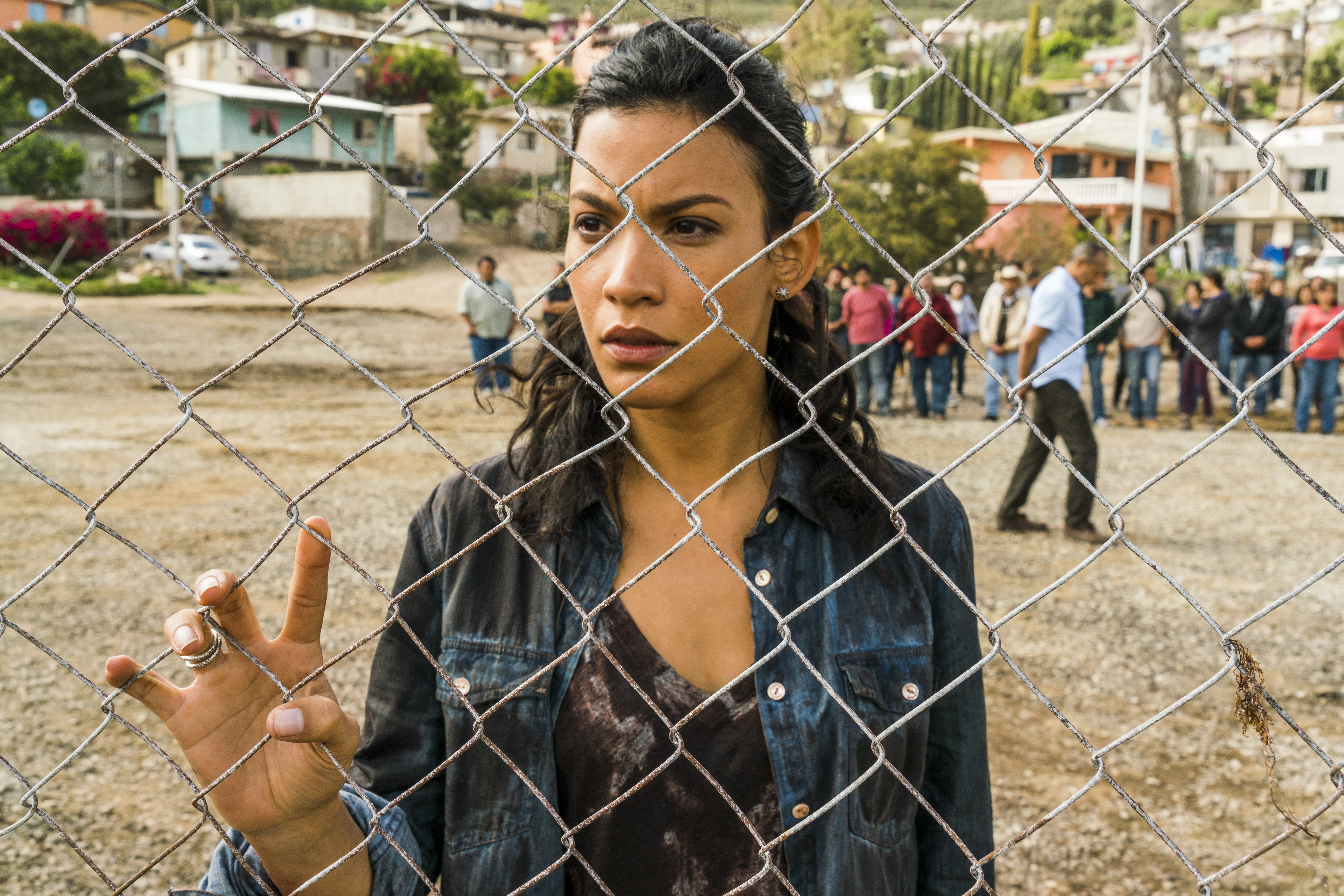 Luciana (Danay Garcia) - Fear the Walking Dead Saison 2 Épisode 9 - Photo Credit: Richard Foreman Jr/AMC