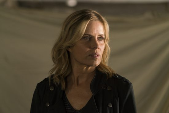 Madison Clark (Kim Dickens) - Fear the Walking Dead Saison 2 Épisode 14 - Crédit Photo : Richard Foreman/AMC