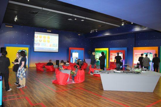 Salle de l'exposition Super Mario er ses amis : L'Expo!