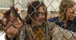 Dwight (Austin Amelio), Daryl Dixon (Norman Reedus)- The Walking Dead Saison 7 Épisode 3 - Photo: Gene Page/AMC
