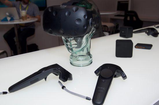 Le HTC Vive. Tout indique que cet appareil a motivé beaucoup d'entrepreneurs à fonder leur arcade de réalité virtuelle. Image: ETC-USC
