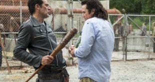 Negan (Jeffrey Dean Morgan), Dr. Eugene Porter (Josh McDermitt) - The Walking Dead Saison 7 Épisode 11 - Photo : Gene Page/AMC