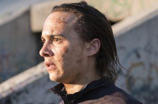 Nick Clark (Frank Dillane)- Fear the Walking Dead Saison 3 Épisode 1 - Photo: Michael Desmond/AMC
