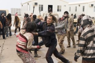 Frank Dillane as Nick Clark, Kim Dickens as Madison Clark- Fear the Walking Dead _ Season 3, Episode 1 - Photo Credit: Michael Desmond/AMC