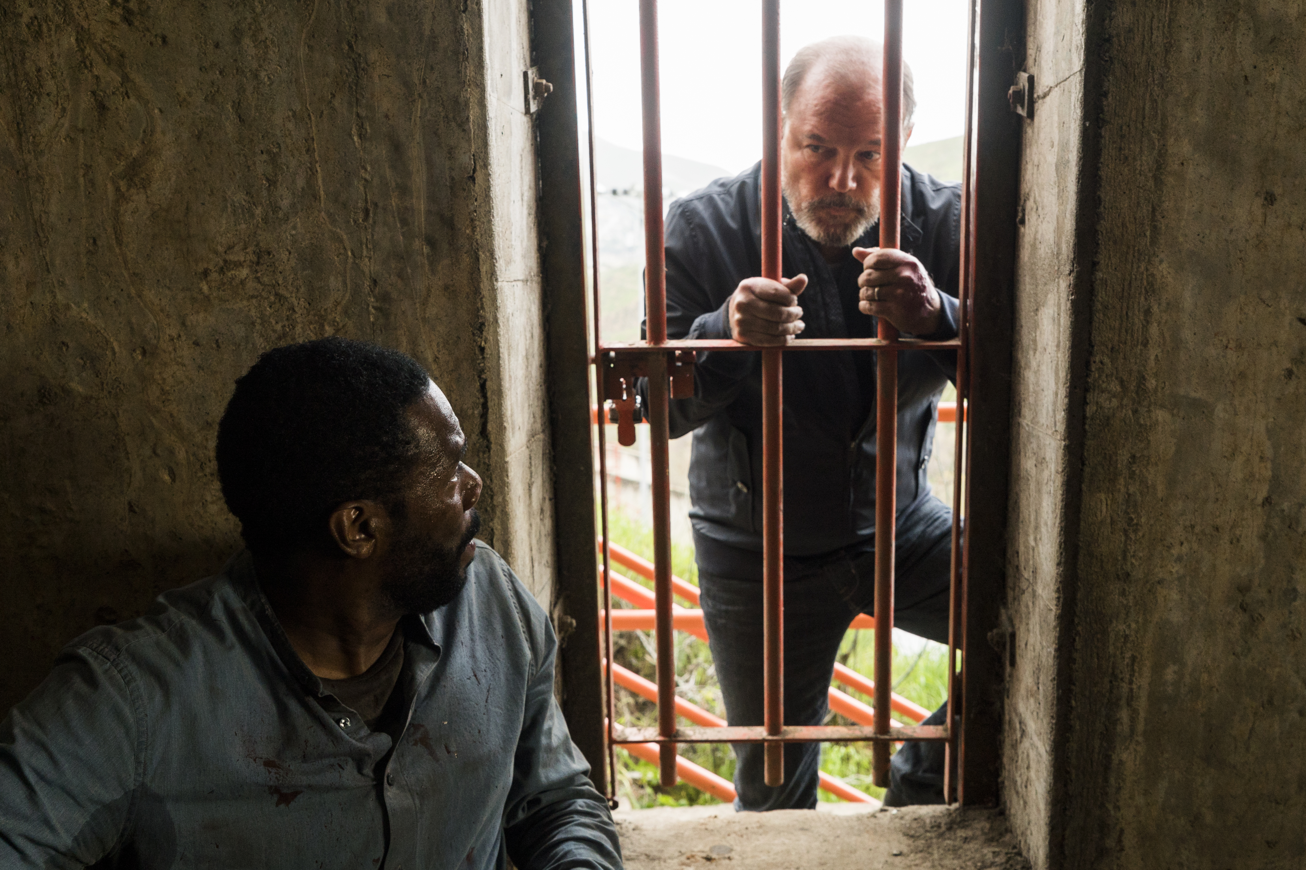 Victor Strand (Colman Domingo), Daniel Salazar (Ruben Blades) - Fear the Walking Dead Saison 3 Épisode 3 - Photo: Richard Foreman Jr/AMC