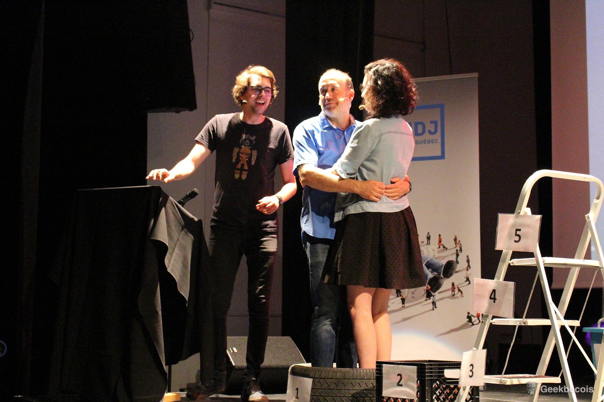 L'animateur Jérémie Larouche et les invités Antoine Vézina et Tammy Verge