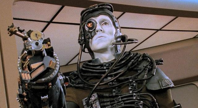 Les Ferengi étaient sensés être les ennemis principaux de la série, avant d'être remplacés par les Borg