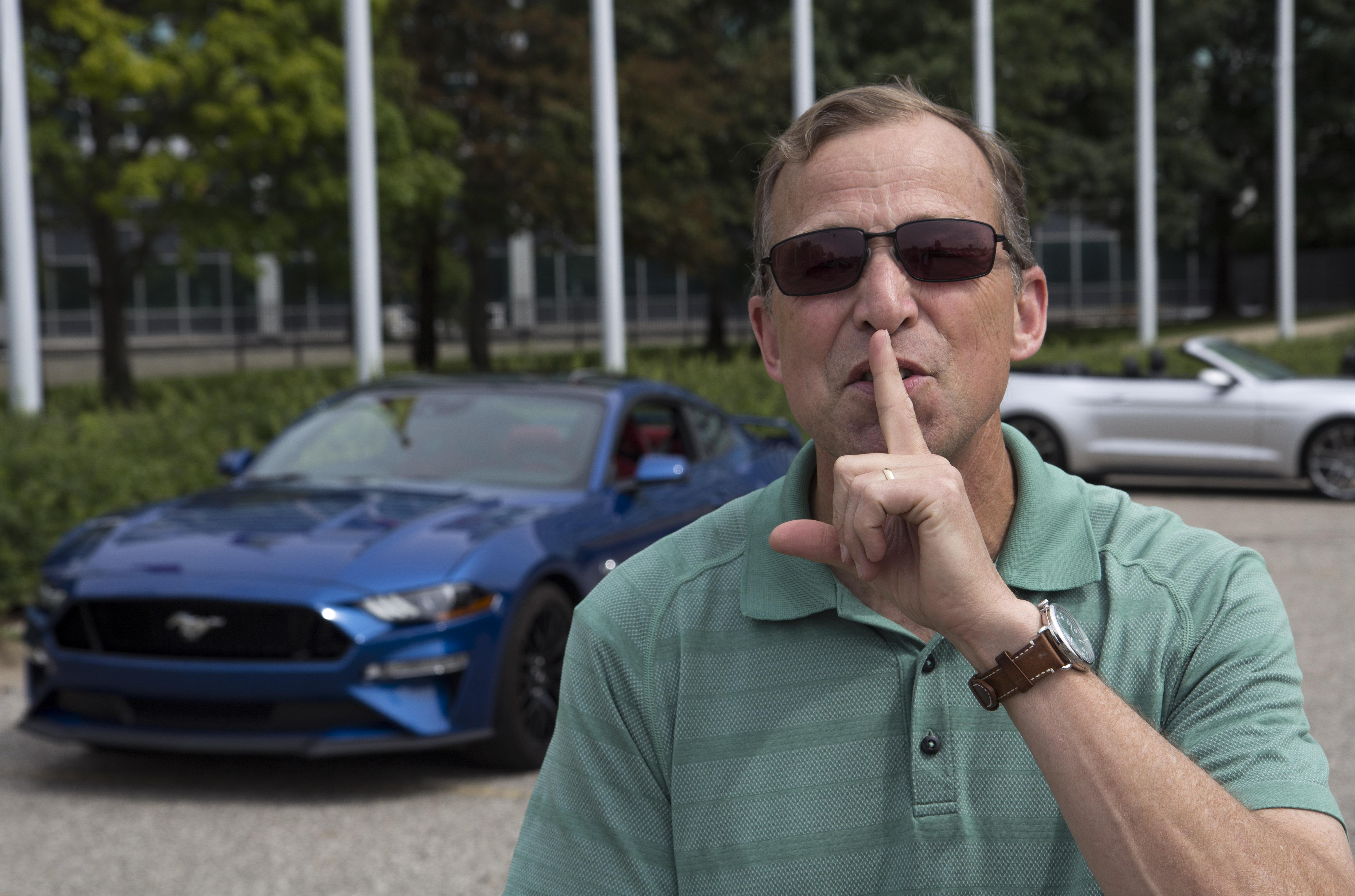 Steve von Foerster, ancien chef de l'ingénierie des véhicules de Ford. | La Ford Mustang GT 2018 et son mode du bon voisin. - Source : Ford