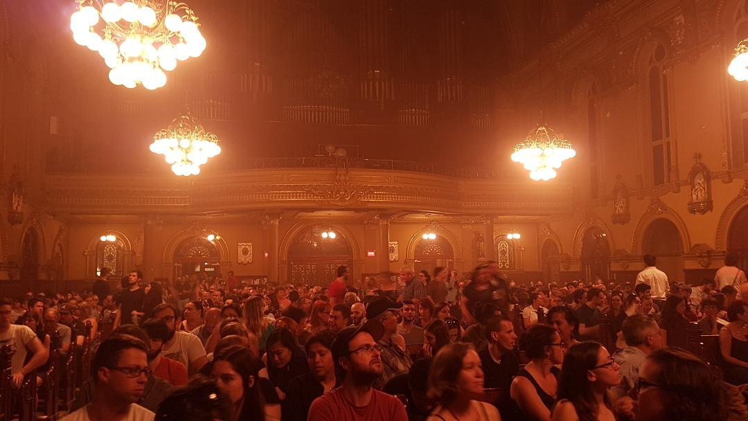Salle comble lors du concert Le Seigneur des Anneaux par l'Orchestre de Jeux Vidéo (OJV) | Photo : Claire Giblet
