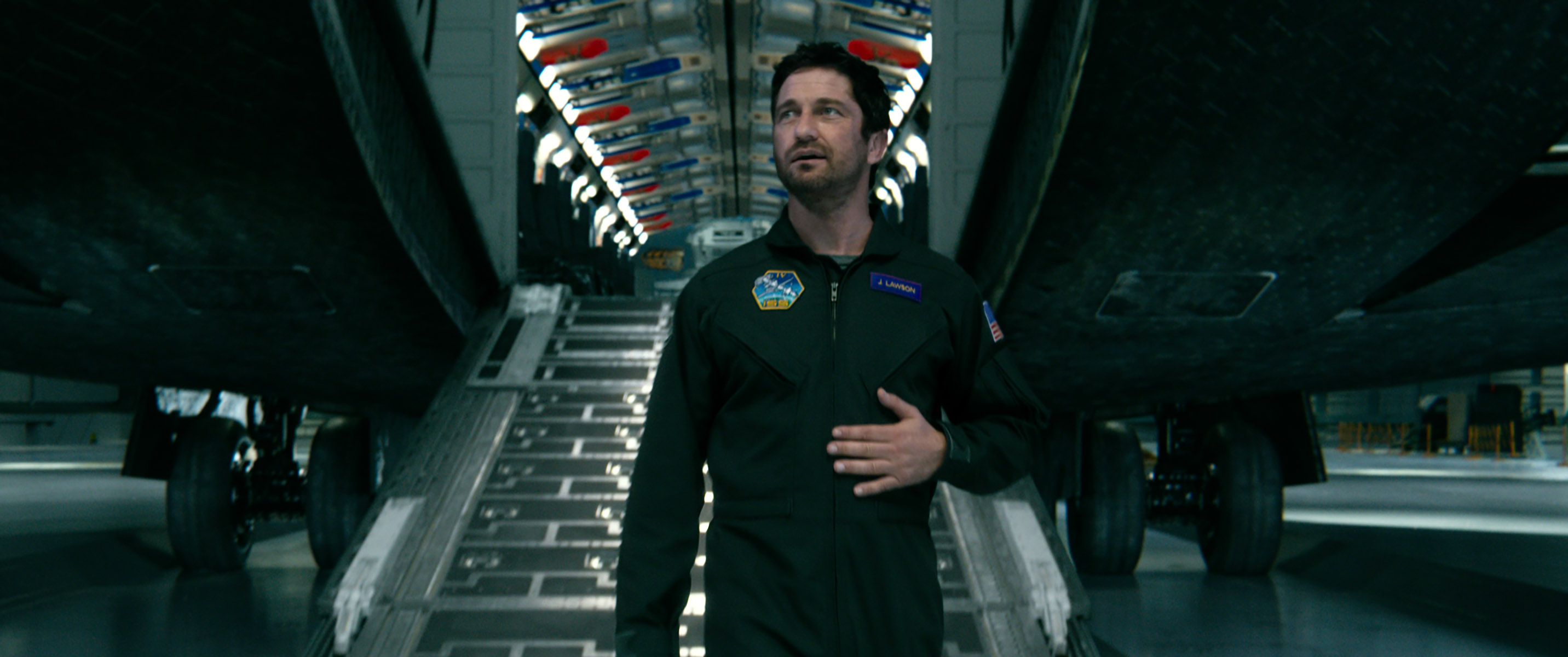 "GERARD BUTLER as Jake Lawson in Warner Bros. Pictures' and Skydance's suspense thriller ""GEOSTORM,"" a Warner Bros. Pictures release. Courtesy of Warner Bros. Pictures"
