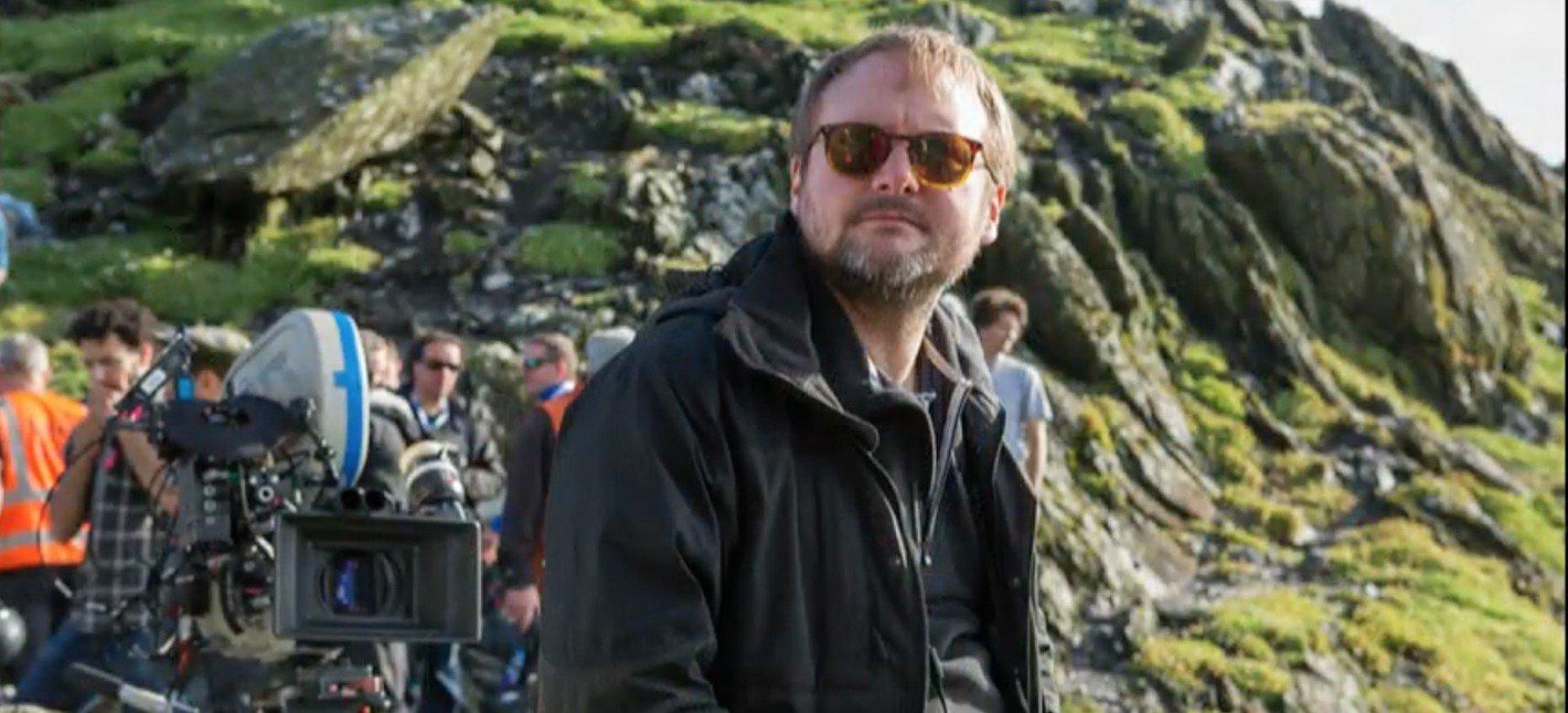 Rian Johnson sur le plateau de tournage de Star Wars Les Derniers Jedi