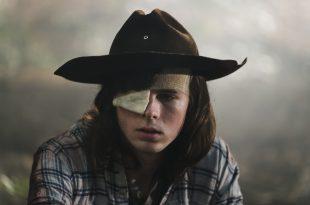 Carl Grimes (Chandler Riggs) sera au centre de l'intrigue de la reprise de la saison 8 malgré des circonstances tragiques - Crédit photo: Gene Page/AMC