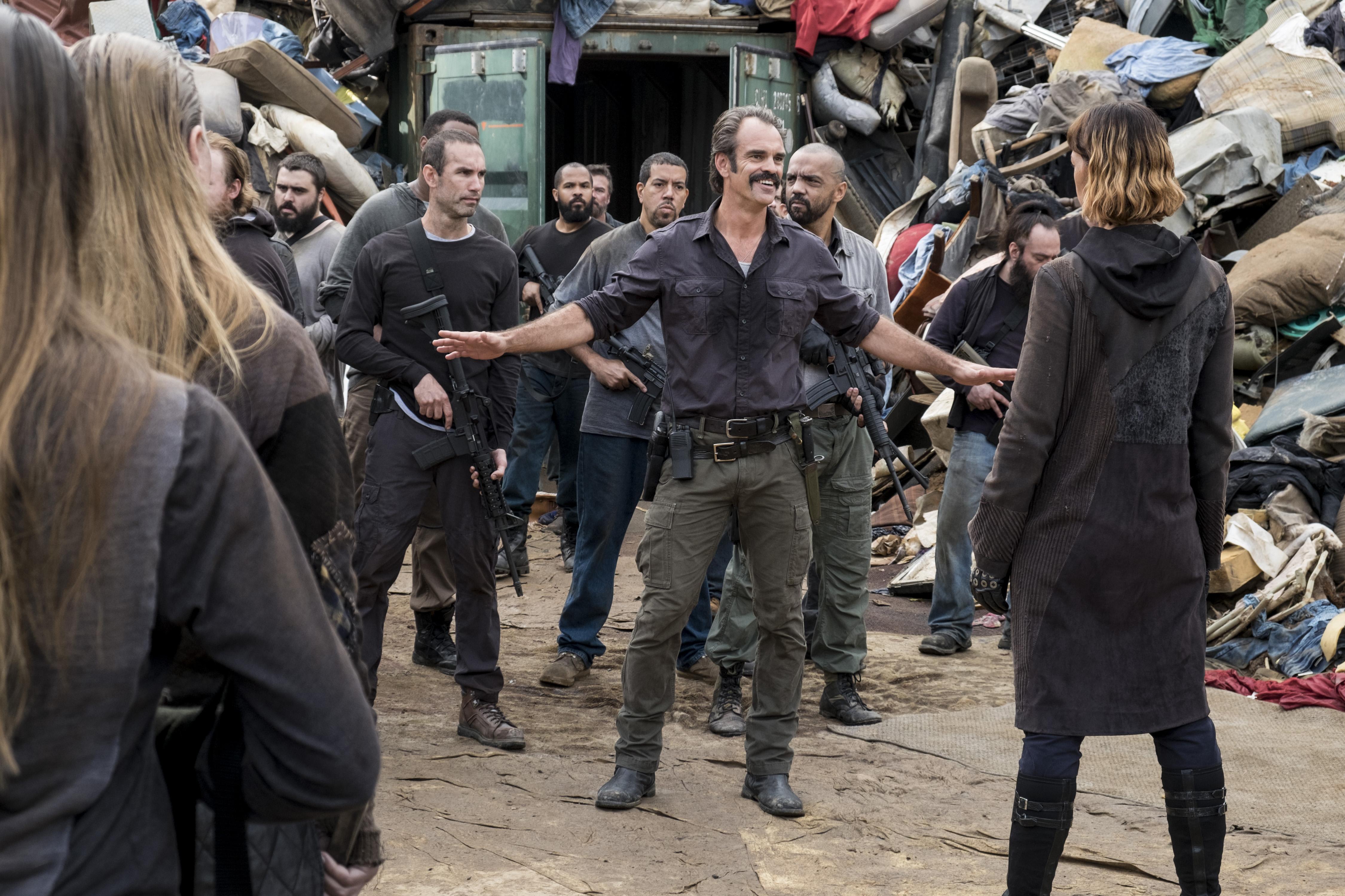 Jadis (Pollyanna McIntosh) confronte Simon (Steven Ogg) - The Walking Dead Saison 8 Épisode 10 - Crédit Photo : Gene Page/AMC