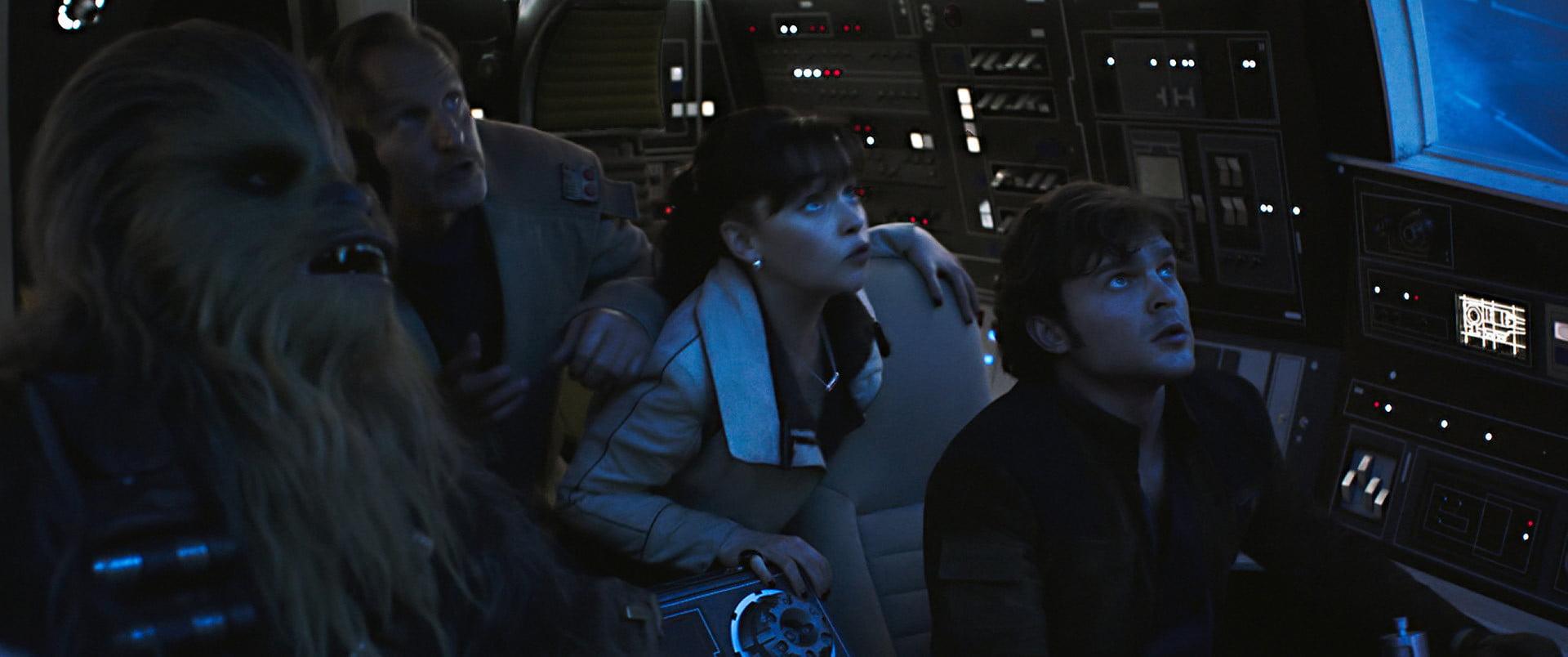 Les scènes d'action de Solo valent le déplacement à elles seules