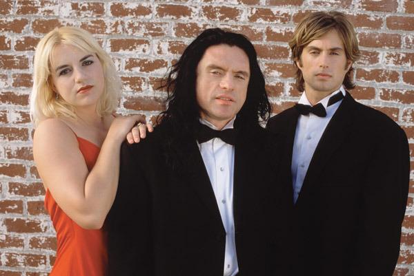De gauche à droite, les acteurs Juliette Danielle, Tommy Wiseau et Greg Sestero