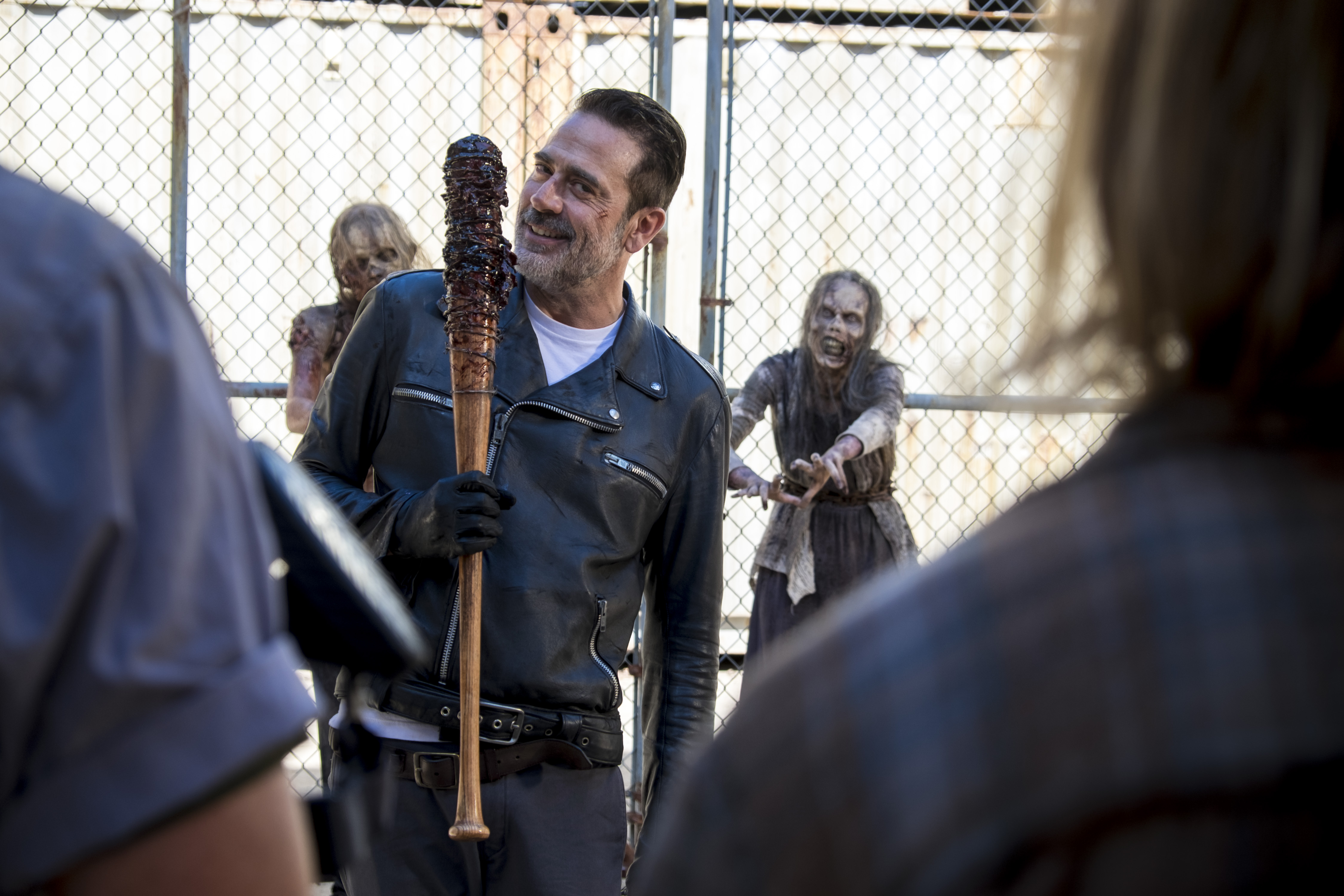 Negan (Jeffrey Dean Morgan) a-t-il vu juste dans les tentatives de Rick (absent sur la photo) d'unifier les colonies? - The Walking Dead Saison 8 Épisode 11 - Crédit photo: Gene Page/AMC