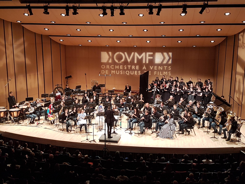 Malgré un vilain virus qui a affecté plusieurs musiciens, l'orchestre et le choeur ont donné leur 110% durant le concert!