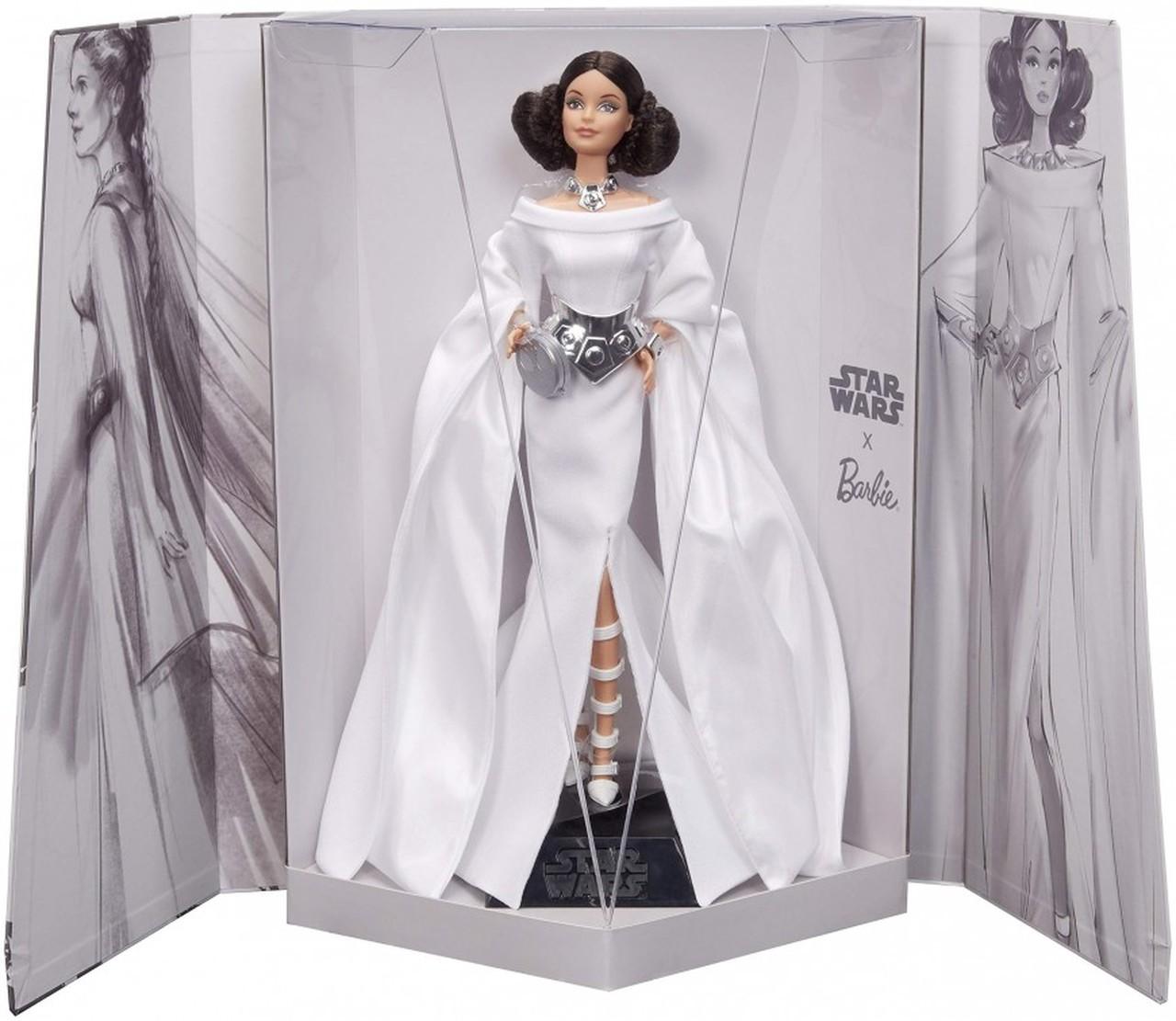 Barbie se joint à la royauté de Star Wars avec la poupée Princesse Leia