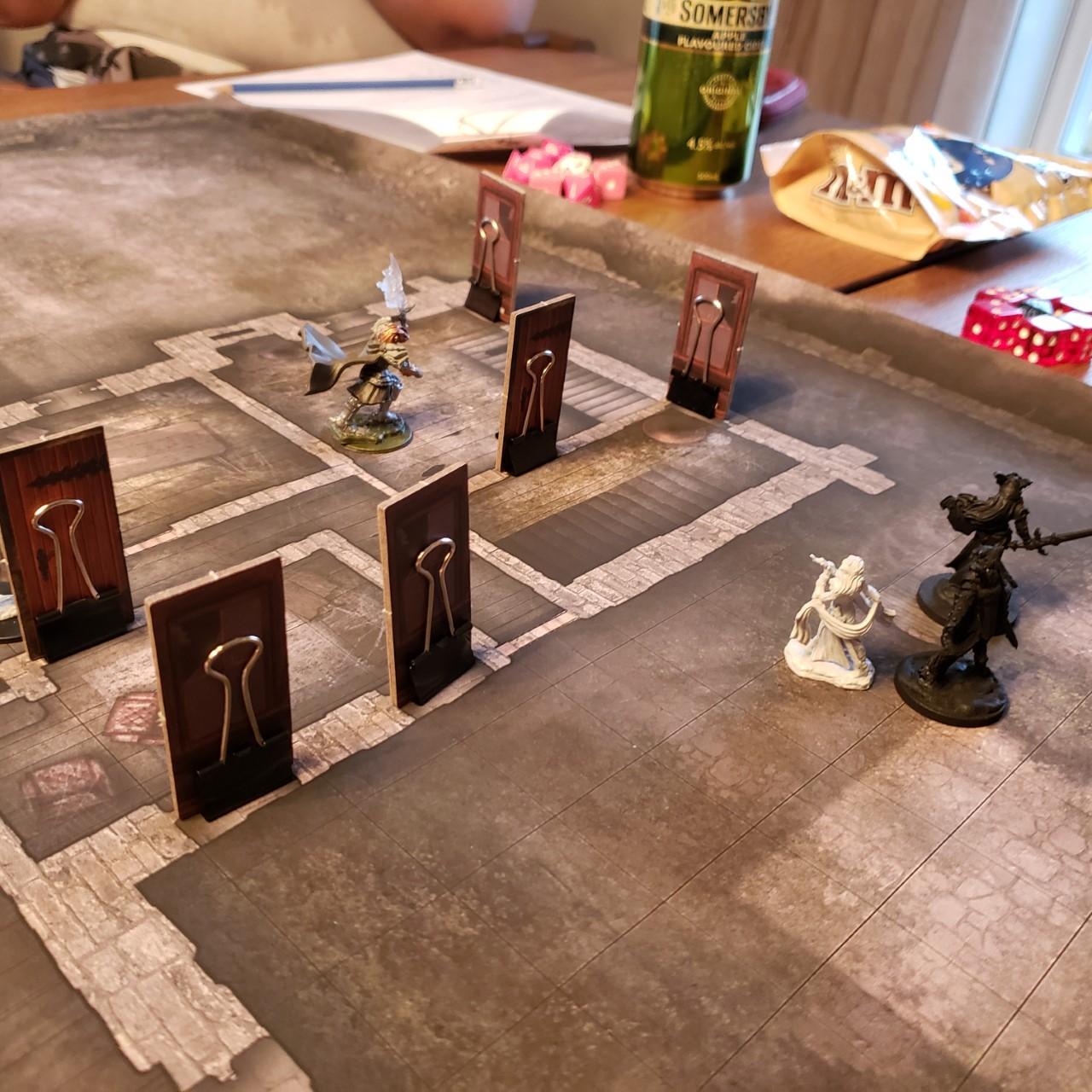 Jouer à Donjons et Dragons à l'âge adulte est encore plus palpitant qu'à l'adolescence!