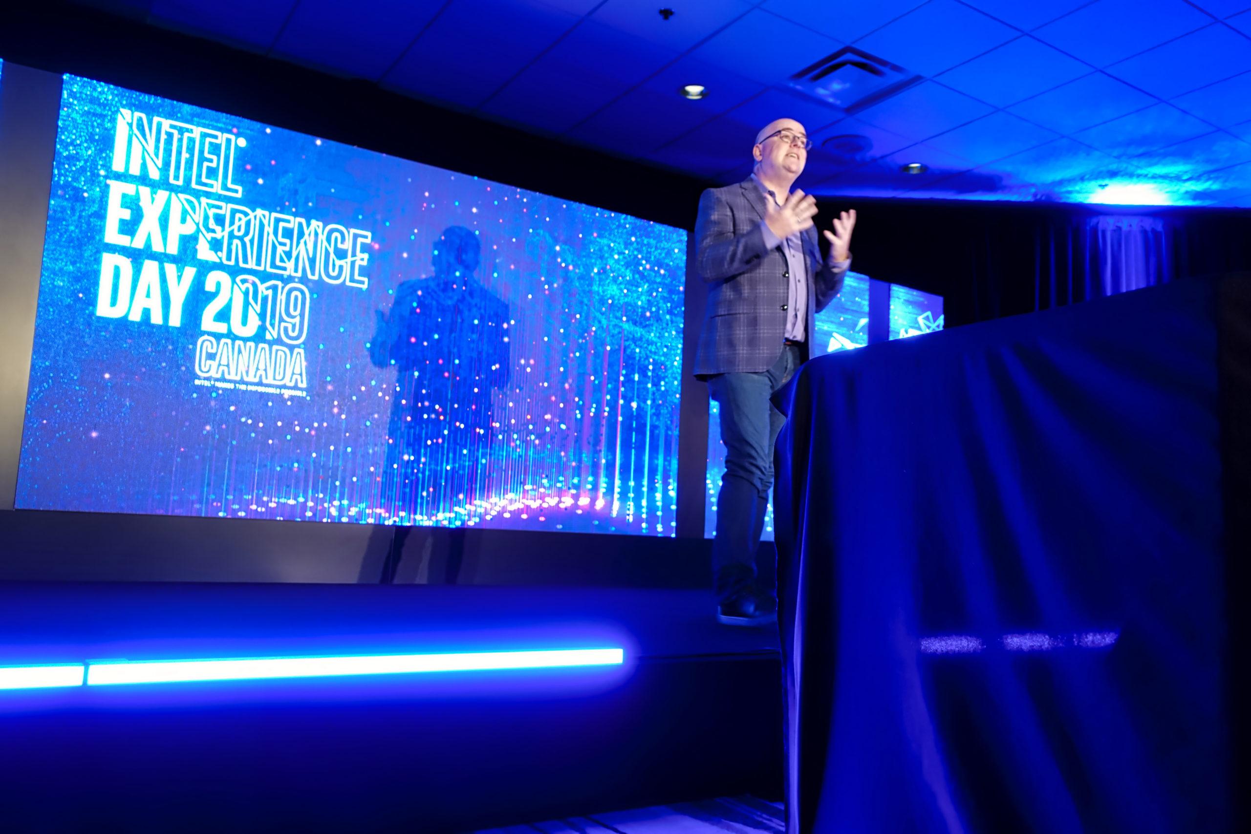 Steve Brown, spécialiste indépendant incontesté et ancien futuriste et évangéliste en chef chez Intel lors du Intel Experience Day 2019. Photo : Eric Martel | Sony RX100M5