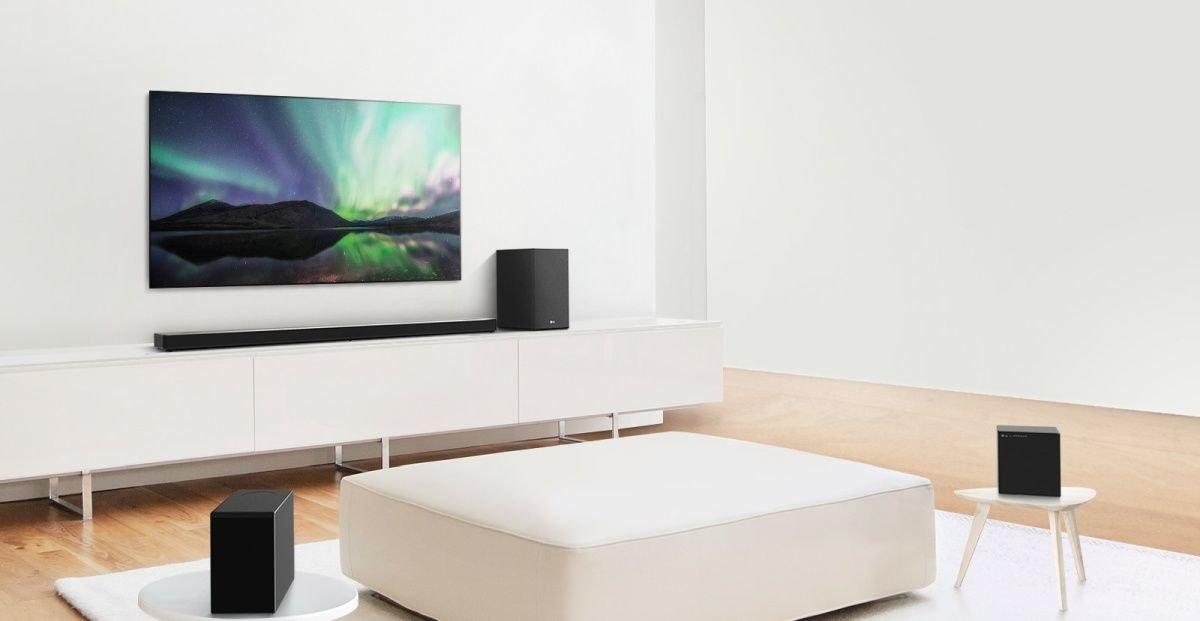 Une barre de son et un caisson d'extrême-grâve sont le complément idéal à un téléviseur 8K