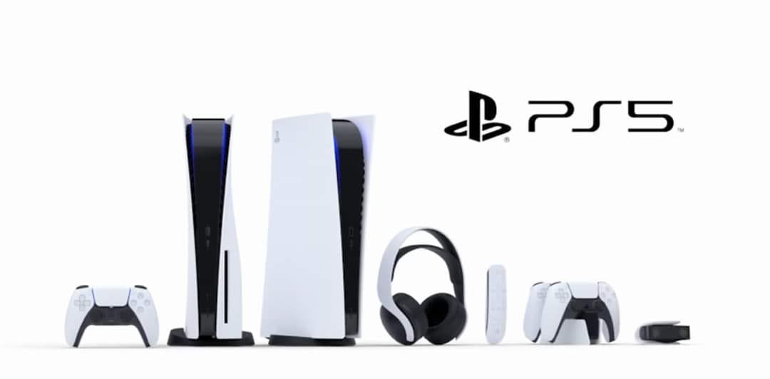 Complétez votre arsenal avec une collection d'accessoires au look emprunté à la console PS5