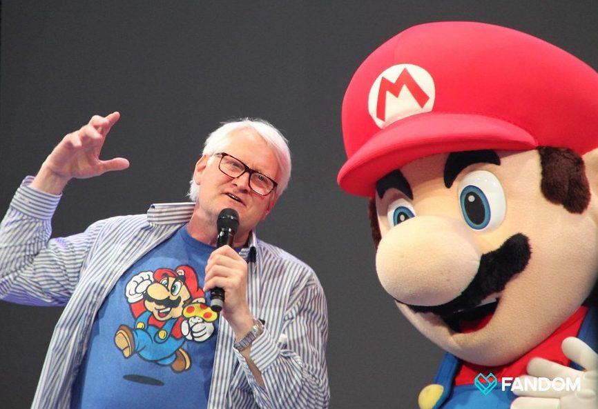 Martinet en compagnie de Super Mario