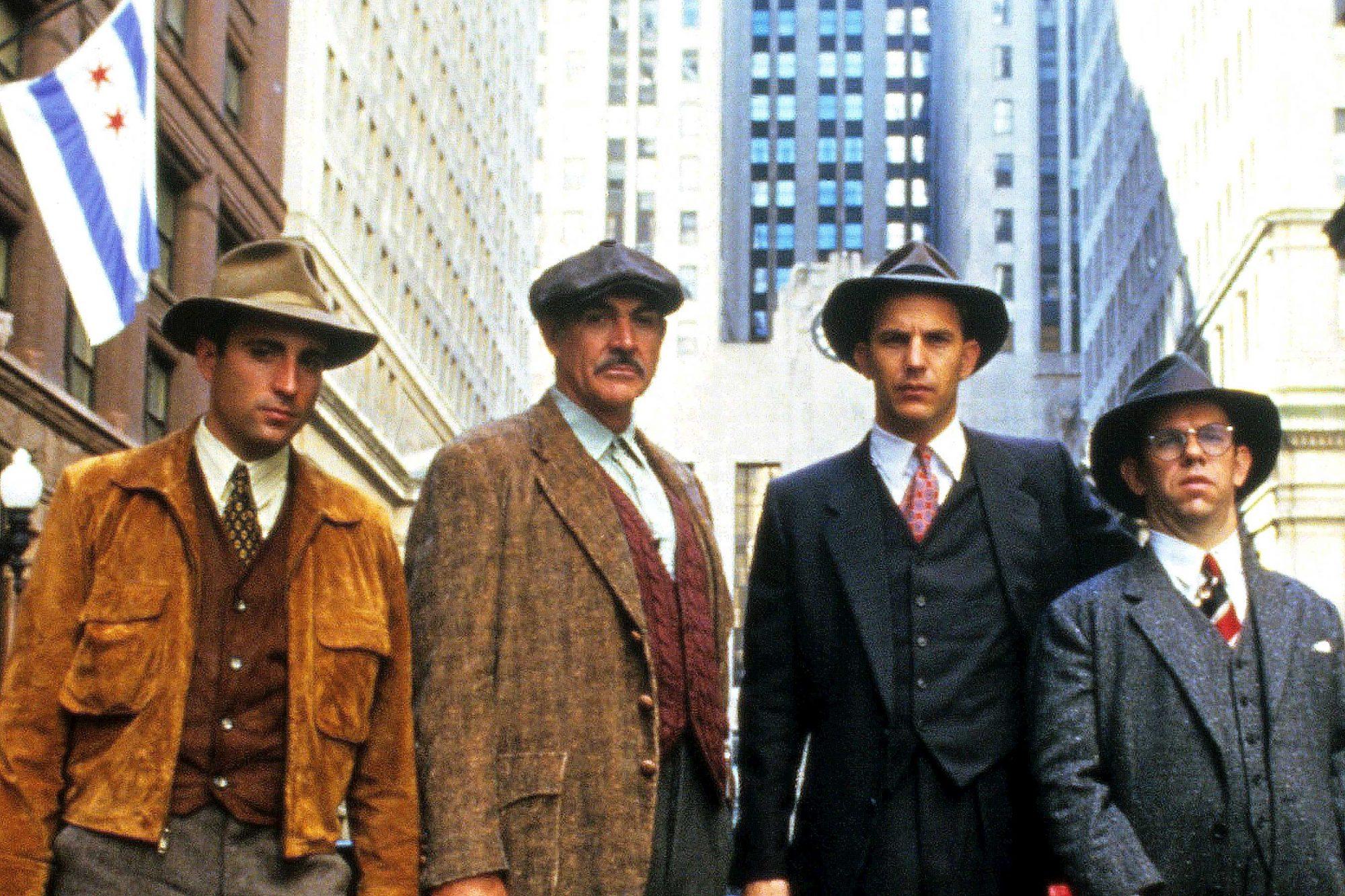 Son rôle de Jim Malone dans The Untouchables est le seul pour lequel il a reçu un Oscar