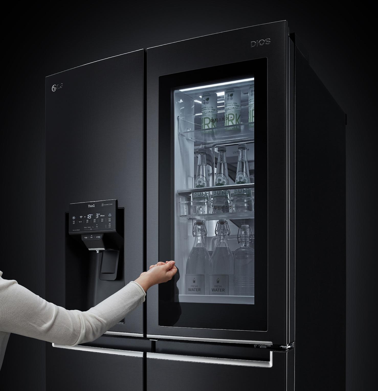 Le spectaculaire réfrigérateur InstaView a reçu le prix de l'innovation, catégorie Électroménagers