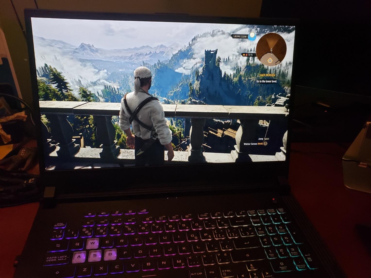 The Witcher 3 a roulé comme un rêve sur mon nouveau portable de jeu, même avec les paramètres graphiques les plus élevés