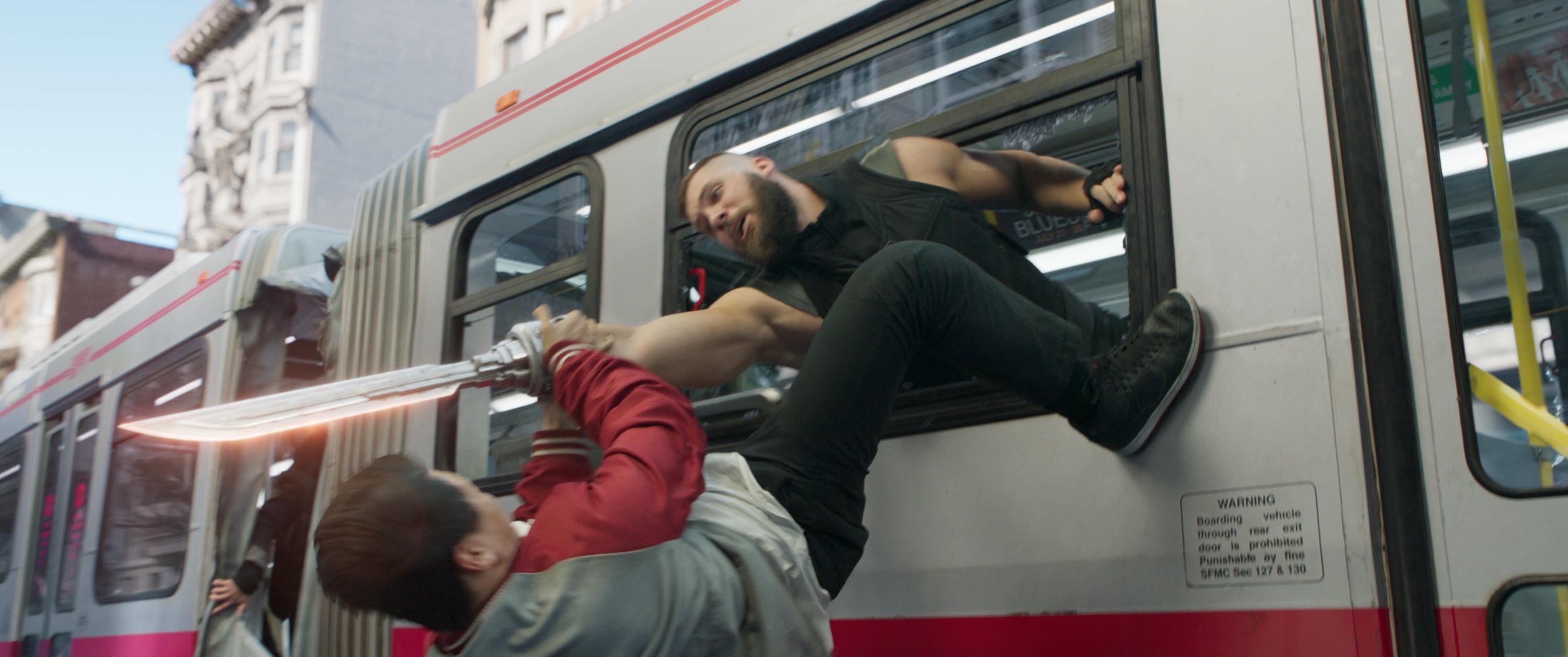 La séquence d'action à bord d'un autobus est tout simplement spectaculaire!